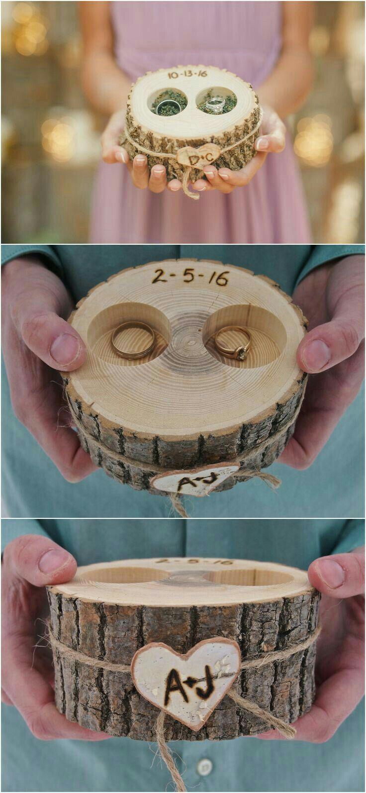 Personalized ring box! So Adorable!! Fabriquer votre porte alliance vous-même avec un petit rondin de bois. #mariage #wedding #ring #alliance #wood #ceremonie #diy #creative #inspiration #idea
