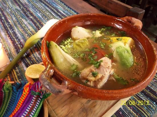 Caldo de gallina guatemalteco Guatemalan chicken broth
