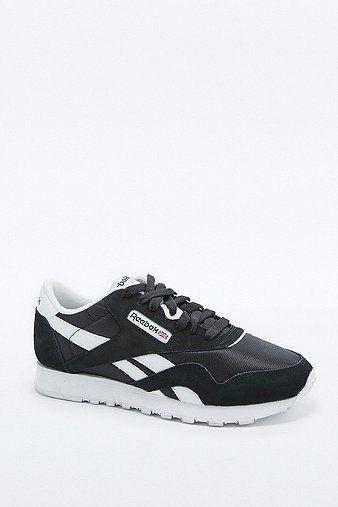 cool Reebok Classic - Sneaker in Schwarz-Weiß - Damen 37.5 http://portal-deluxe.com/produkt/reebok-classic-sneaker-in-schwarz-weiss-damen-37-5/  77.00