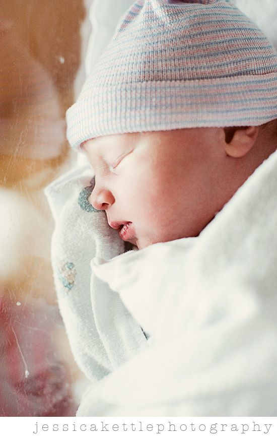 Beautiful newborn at the hospital! Birth photography