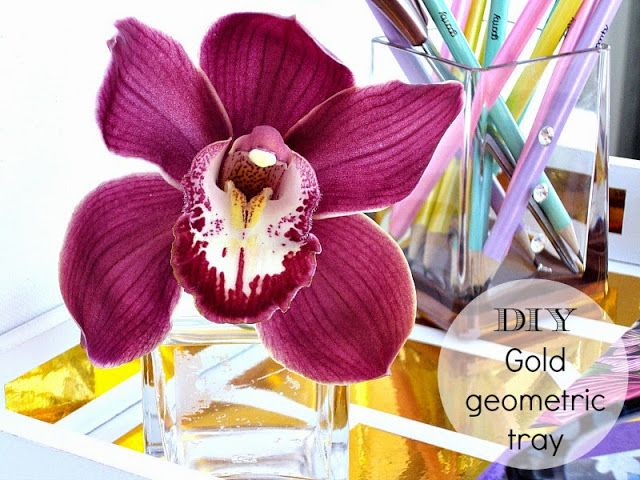 gold geometric tray