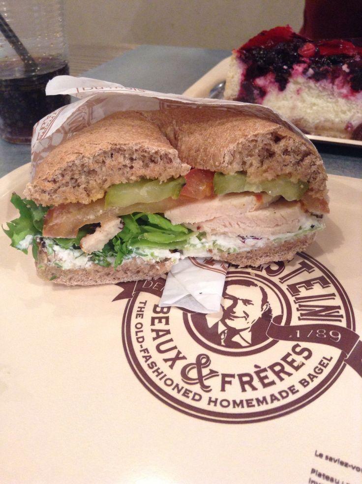 La découverte du jour à Nancy : Bagelstein. Les amateurs de petits pains ronds à trous seront comblés, et ceux qui veulent changer du burger, de la pizza et des pâtes aussi ! En famille, entre amis...