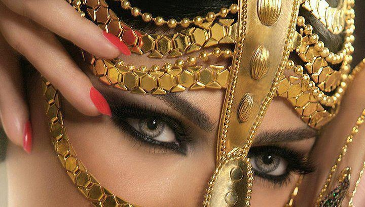 belly golden mask: Exotic Beautiful, Belly Dancers Great, Haifa Wehbe, Fashion Models, Makeup, Masquerade, Masks, Bellydance, Eye