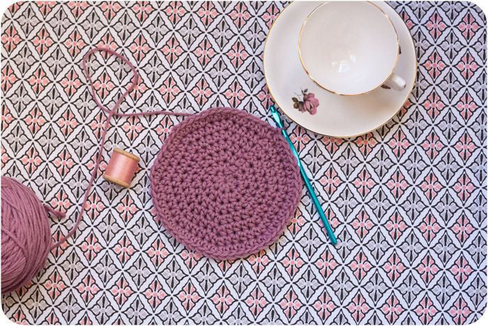 Crocheting In A Circle : How to crochet in a flat circle.. Crochet Comfort Pinterest