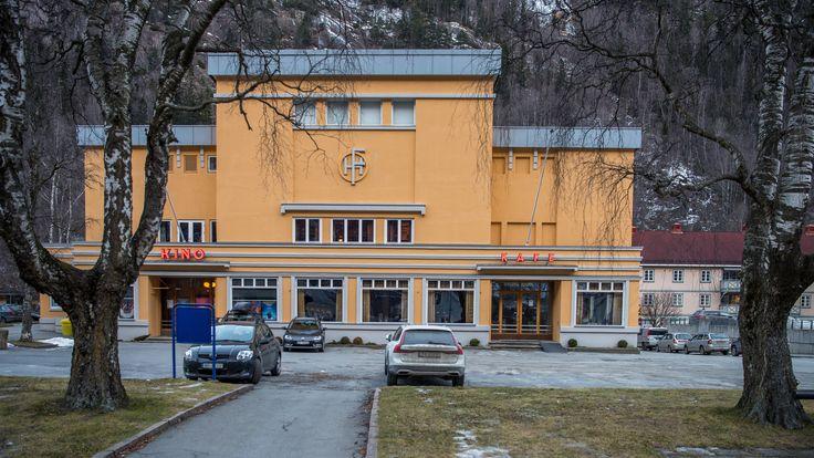 https://flic.kr/p/22vqdRQ | Rjukan Cinema and cafe