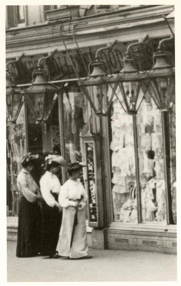 James Collingwood (Drapery retailer) ~ Lewisham High Street, London Borough of Lewisham (c. 1901)
