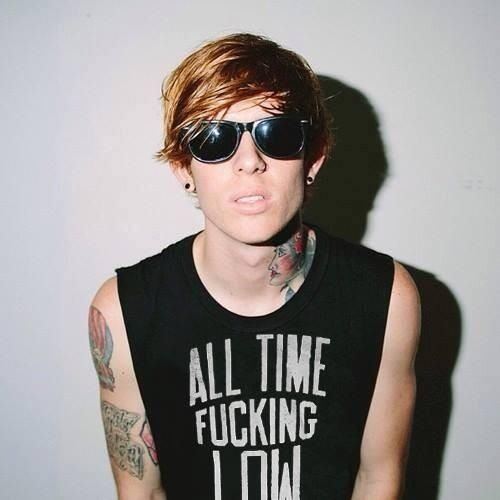 Alan Ashby.. HIS SHIRT! HIS FACE! HIS ARMS! HIS GAUGES! HIS HAIRRRR! I JUST NEEEED THISSSSS MAN