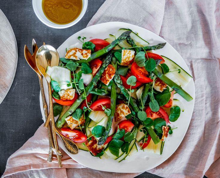 Asparagus and Grilled Halloumi Salad