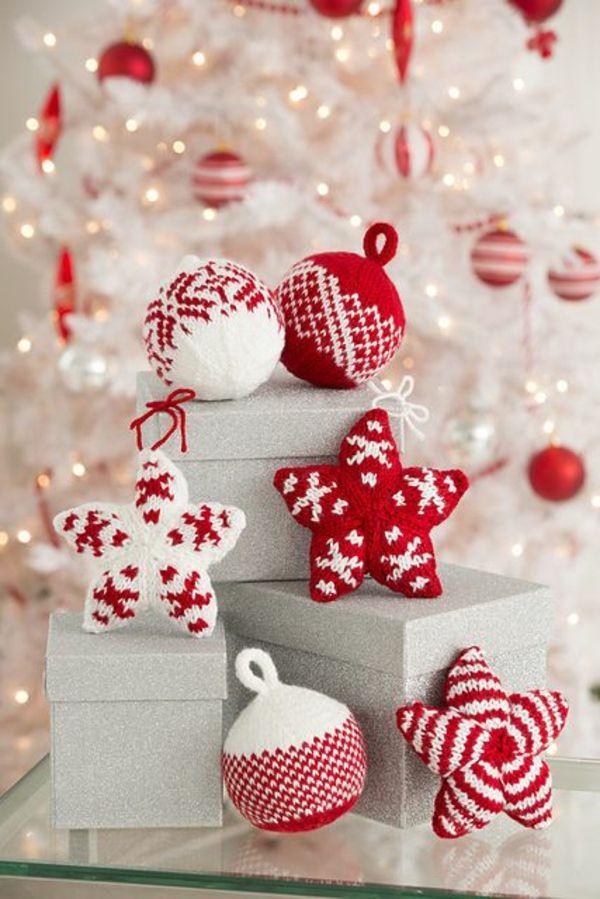 gestrickte bastelideen weihnachten deko sterne weihnachtskugel