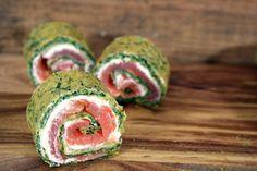 Ben je op zoek naar een recept om indruk te maken op je gasten? Maak dan deze zalmrolletjes met spinazie en serveer ze als voorgerecht of als snack.