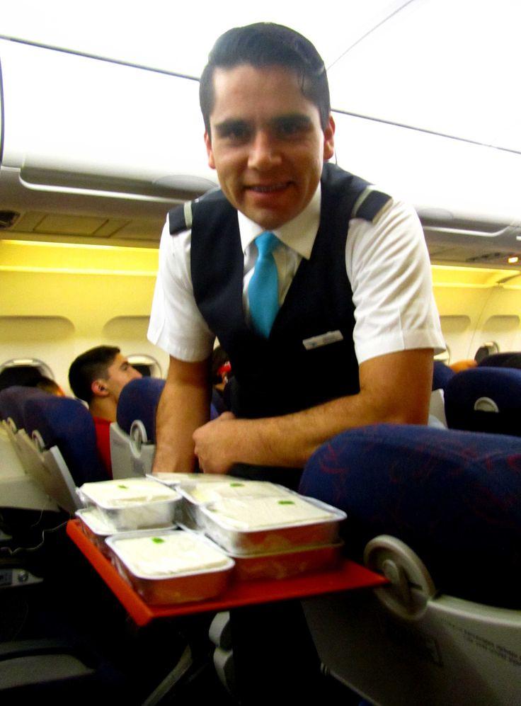Reseña del vuelo Lima-Quito-Lima con TAME EP #TAME #Lima #Quito #Vuelo http://www.placeok.com/viajar-a-quito-con-tame-resena-placeok/ Marzo 2015