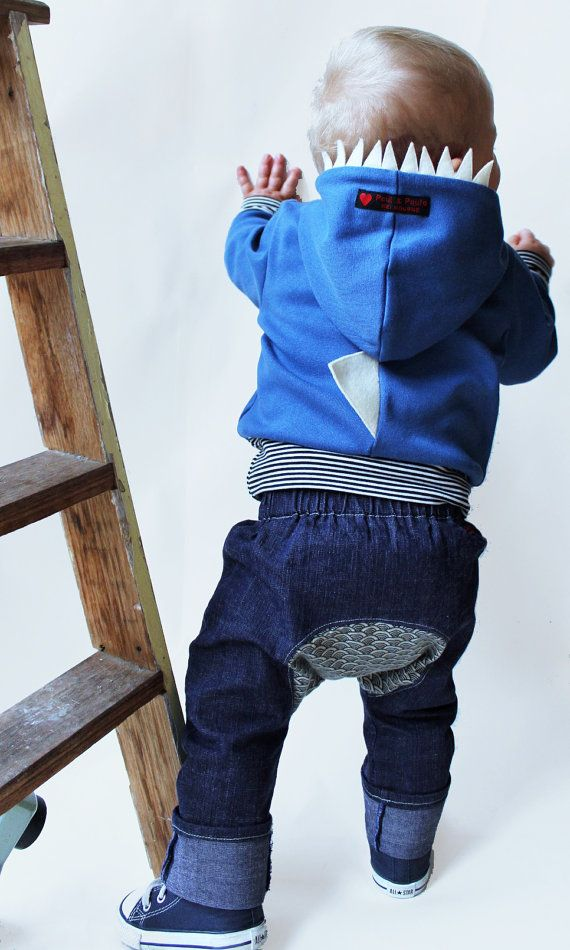 I'm pinning this as I LOVE the shape of the butt on these boys pants, fun to use contrasting fabrics, I want this pattern!