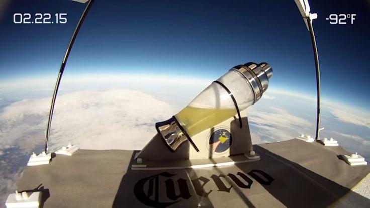 A José Cuervo le sobra la pasta y te hace un Margarita en el espacio | Tiempo de Publicidad