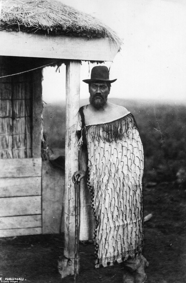 A Moari man poses in a long cloak in circa 1900. Elizabeth Pulman would leave behind a legacy of Maori portraits and prints of historical interest, as well as one of photographic importance
