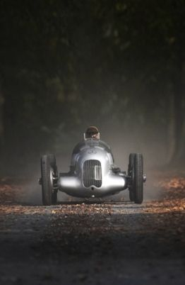 Classics  | More here: http://mylusciouslife.com/stylish-home-luxury-garage-design/