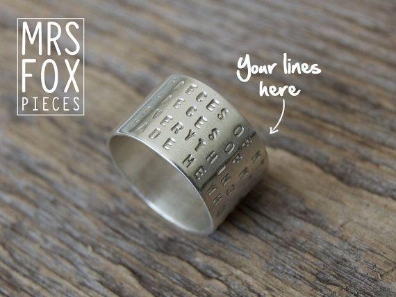 Met (song)tekst - Zilveren ring - Handgestempeld - Breed 13mm - Tekst naar keus - Handgesmeden sieraad - Echt zilver - Gepersonaliseerd
