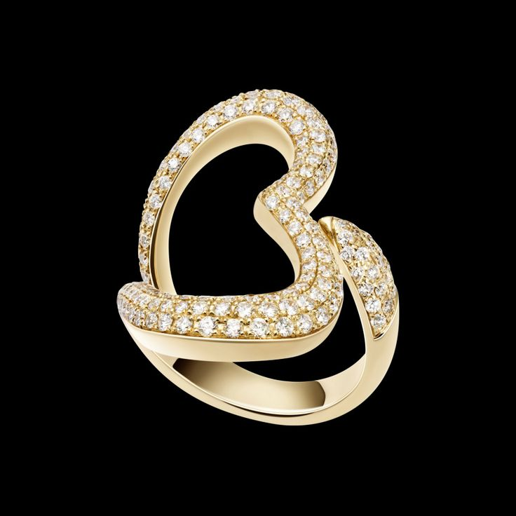 Piaget Heart ring in 18K pink gold, set with 185 brilliant-cut diamonds (approx. 1.4 ct).