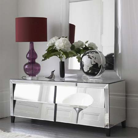 this mirrored dresser is fabulous