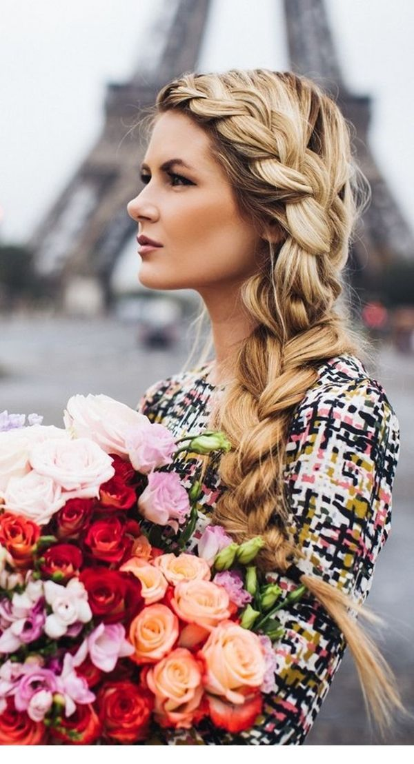 Braided hairstyle idea for weddings in Fall