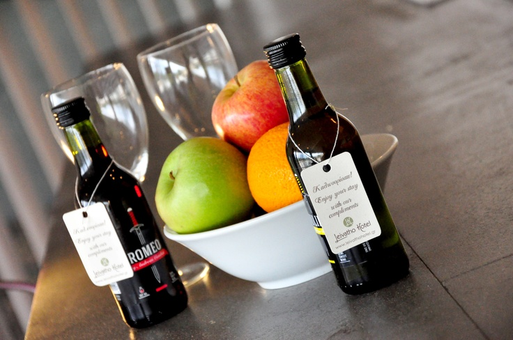 Welcome Wine and Fruits
