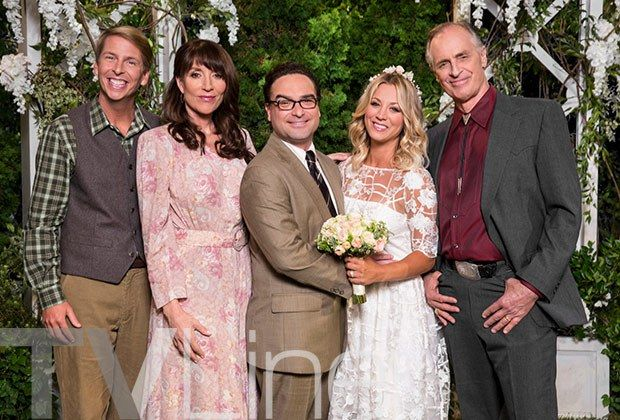"""Perhaps The Big Bang Theory's Season 10 premiere should've been titled """"The Call Sheet Conundrum."""" In addition to the seven leads, the CBS sitcom's Sept. 19 opener boa…"""