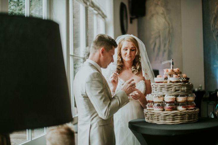 "Strained yogurt deserts made by ""Zuster Evie Berlicum"" for Wedding cake alternative / Hangop Desserts van ""Zuster Evie Berlicum"" als bruidstaart alternatief."