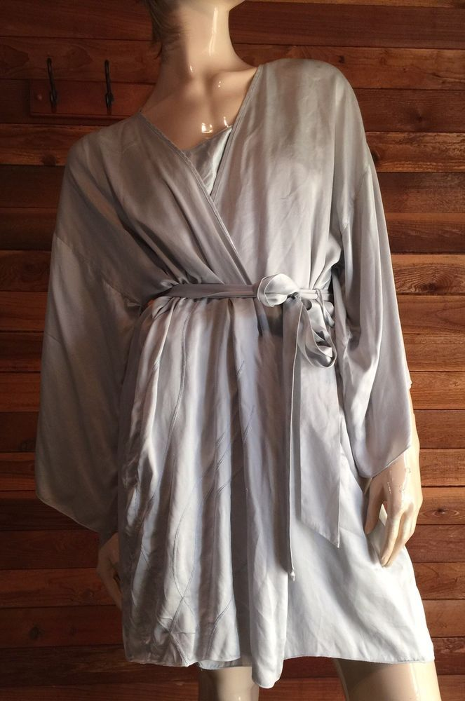 587544067a51 ANNE KLEIN SILVER SIZE LARGE 100% SILK NIGHTGOWN and ROBE SET  fashion   clothing