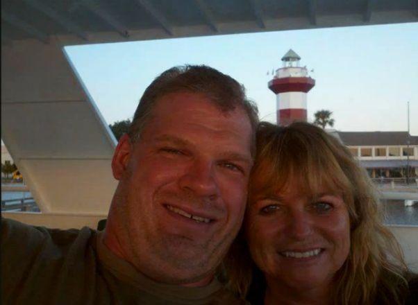 Glenn Jacobs (Kane) & his wife Crystal | Wrestlers outside ...