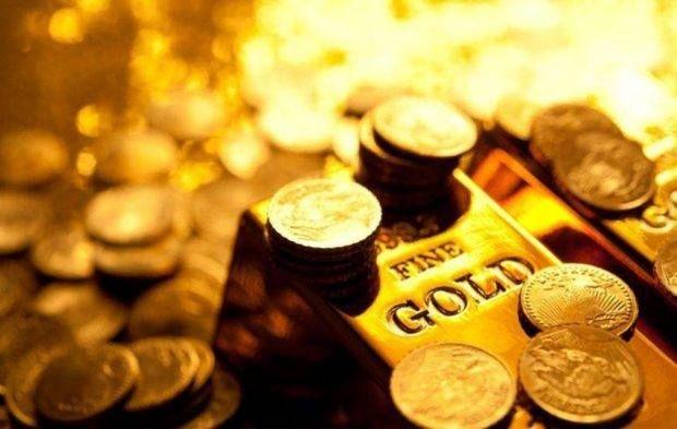 الذهب يرتفع كملاذ آمن بفعل توترات التجارة بين أمريكا والصين ارتفع Gold Bullion Bars Gold Bullion Gold Bullion Coins