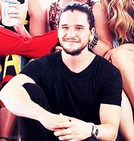 When he rocked a man bun and it was perfect. | 27 Times Kit Harington Was A Beautiful Gift We Didn't Deserve