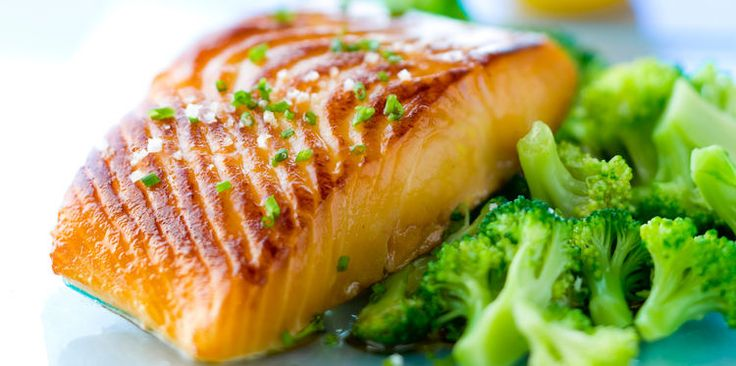 Saumon grillé au brocolis