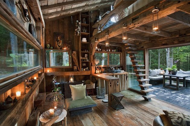 High Fashion Goes Off the Grid With This 14'-by-14' Cabin