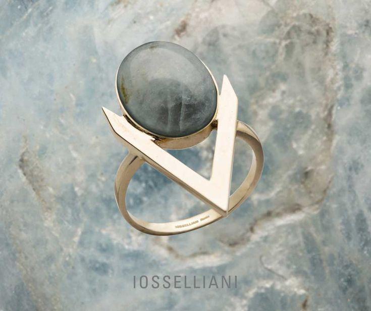 #IOSSELLIANI 9K ring with #aquamarine medium oval cabochon