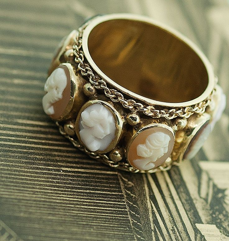 Vintage Cameo Band R beauty bling jewelry fashion