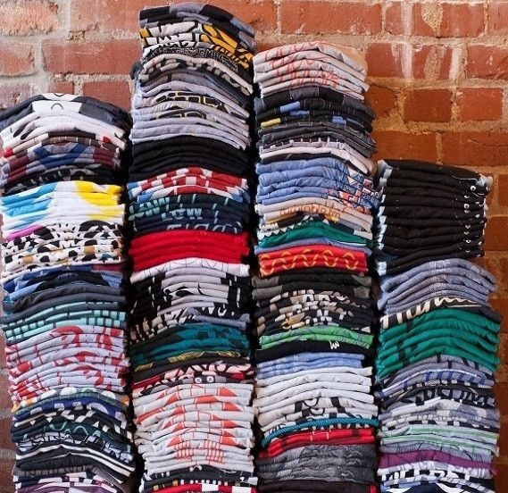 """Welcome to my Mystery Graphic T Shirt Vintage Shirt Hipster Graphic Tee /Listing.°""""˜`""""°º×Kitty °""""˜`""""°º× ❤These Are VINTAGE / OVER-SIZED / HIPSTER / 70'S 80'S & 90'S TEE SHIRTS. ❤ Vintage Tees are"""