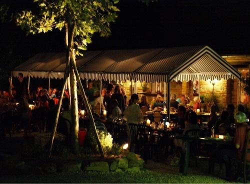 Podere sei Poorte ´s avonds Italiaans eten op het terras