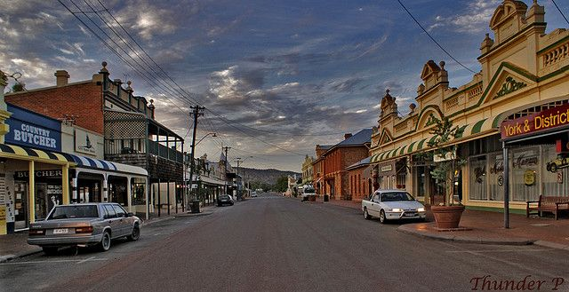 York, Western Australia. I vaguely remember breaking down here on a road trip as a youngster, having to stay in an old motel (that was gorgeous!). perhaps the same road trip as our time at Wave Rock.