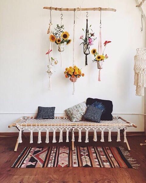 Boho chic decor: Fall in love with these bohemian interior design ideas for your bedroom design!