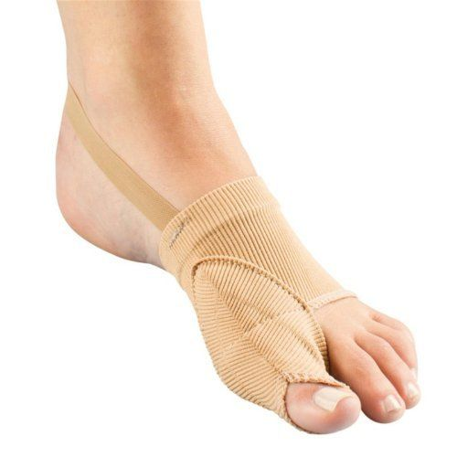 Bunion Toe Straightener by FootSmart. $19.99. Reposition your toe to relieve bunion pain Easy-on, large toe straightener fits comfortably inside your shoe to protect against pressure and friction. Wear without shoes to gently hold the large toe in position. Strap gently pulls the toe forward, easing discomfort and helping prevent new bunions. The heel strap helps hold the brace in place.Caution: Not recommended for those with diabetes or poor circulation.