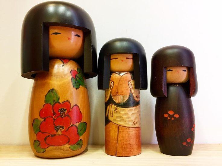 Family of three  #kokeshi #kokeshidolls #kokeshidoll #dolls #ornaments #japaneseornaments #japanesedoll #contemporarykokeshi #vintage #vintagefromjapan #japanesevintage #japan #gifts #giftideas #xmasgifts #xmas #christmas #christmasgiftideas #southmelbourne #southmelbournemarket #melbourne #melbourneshopping #xmasshopping #christmasshopping #koenjivintage