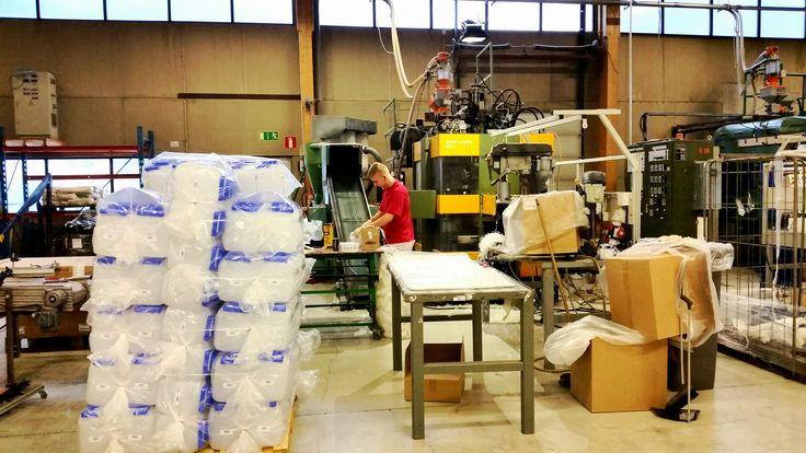 Näin valmistuu Lohjalla 5l vesiastia!  Made in Finland - Plastex
