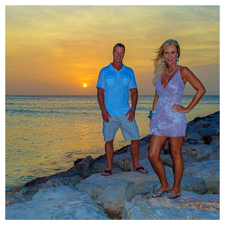 25+ Best Ideas About Couple Beach Photos On Pinterest