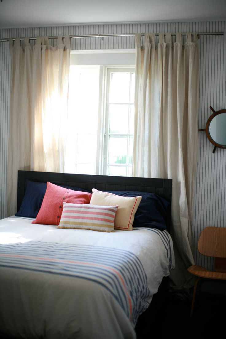 Striped Wallpaper! Love it  Striped WallpaperNauticalBedrooms FlorenceAwesomeHouse