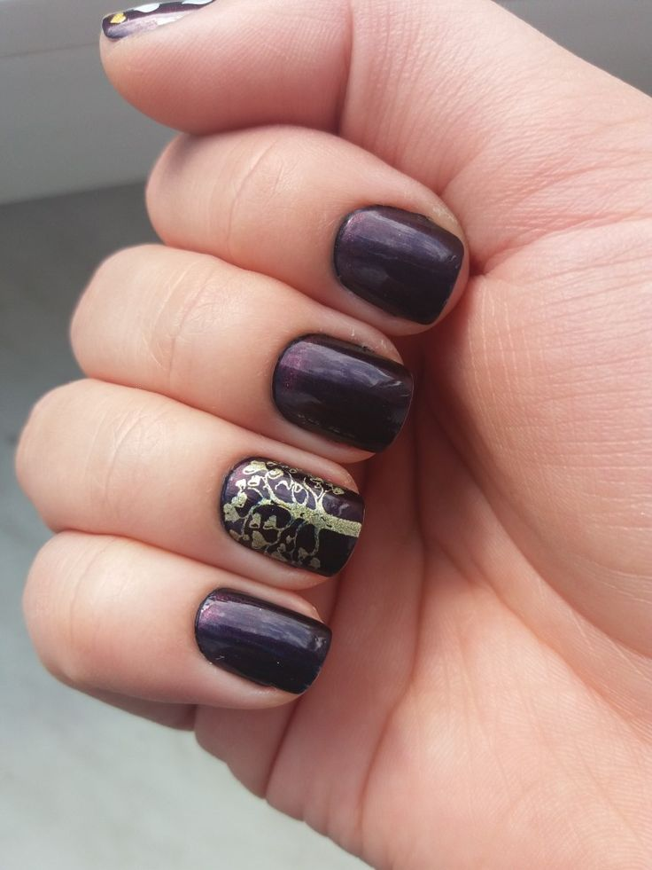 Tree of luck nails