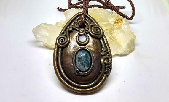 Yoni Necklace in Moss Agate and Moonstone Goddess Wear Vagina Power Women Empowerment Crystal Steampunk Pendant Sculpted Erotic Jewelry