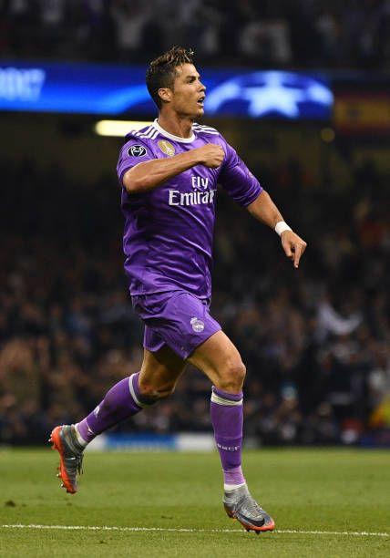 CCristiano Ronaldo del Real Madrid celebra su primer gol en la final de la UEFA Champions League entre la Juventus y el Real Madrid ...