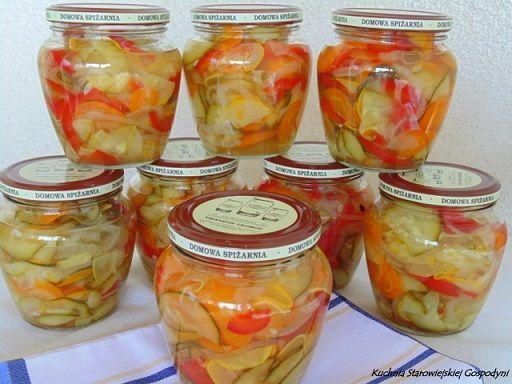 Sałatka warzywna w zalewie słodko – kwaśnej | Kuchnia Starowiejskiej Gospodyni