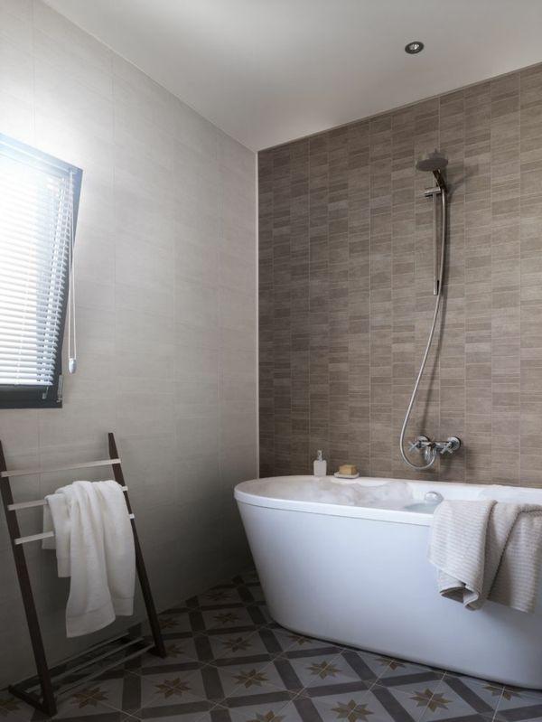 Die besten 25 pvc fliesen ideen auf pinterest pvc for Design planken badezimmer