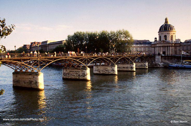 Ponts des arts - el puente de Paris donde pasan muchas escenas de RAYUELA entre Oliveira y la Maga Desde el capitulo 1