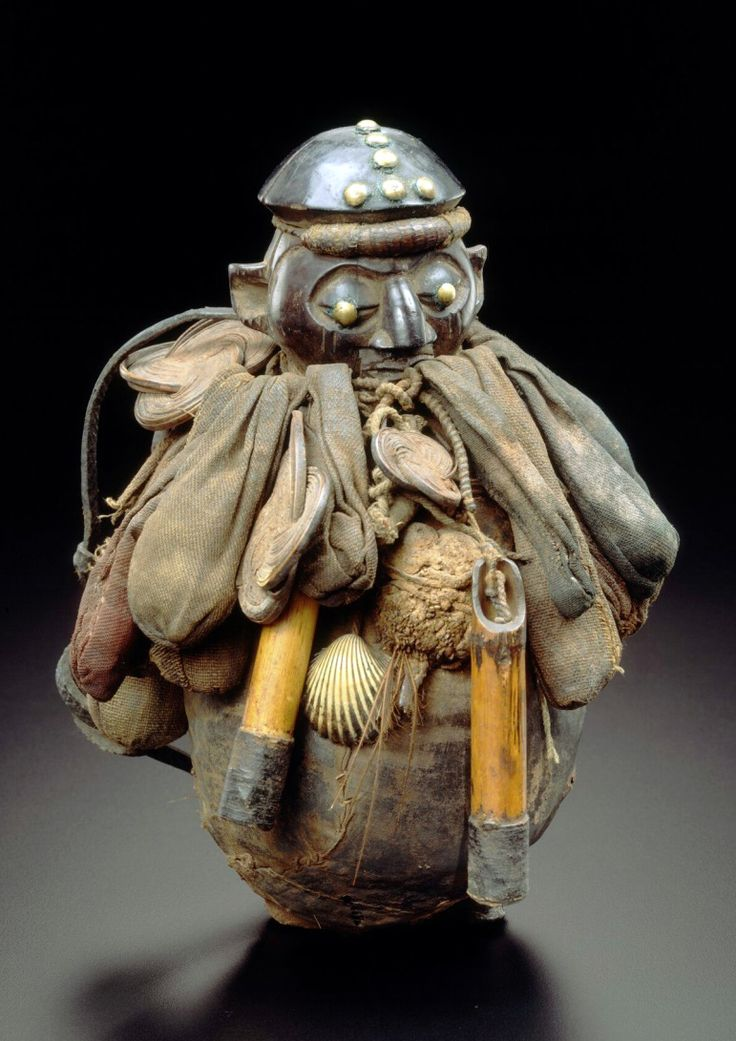 Africa   Ritual / power object from the Yaka people of Bandundu, DR Congo   Wood, bamboo, shell, vegetal fiber, metal and textile   ca. 1931 or earlier